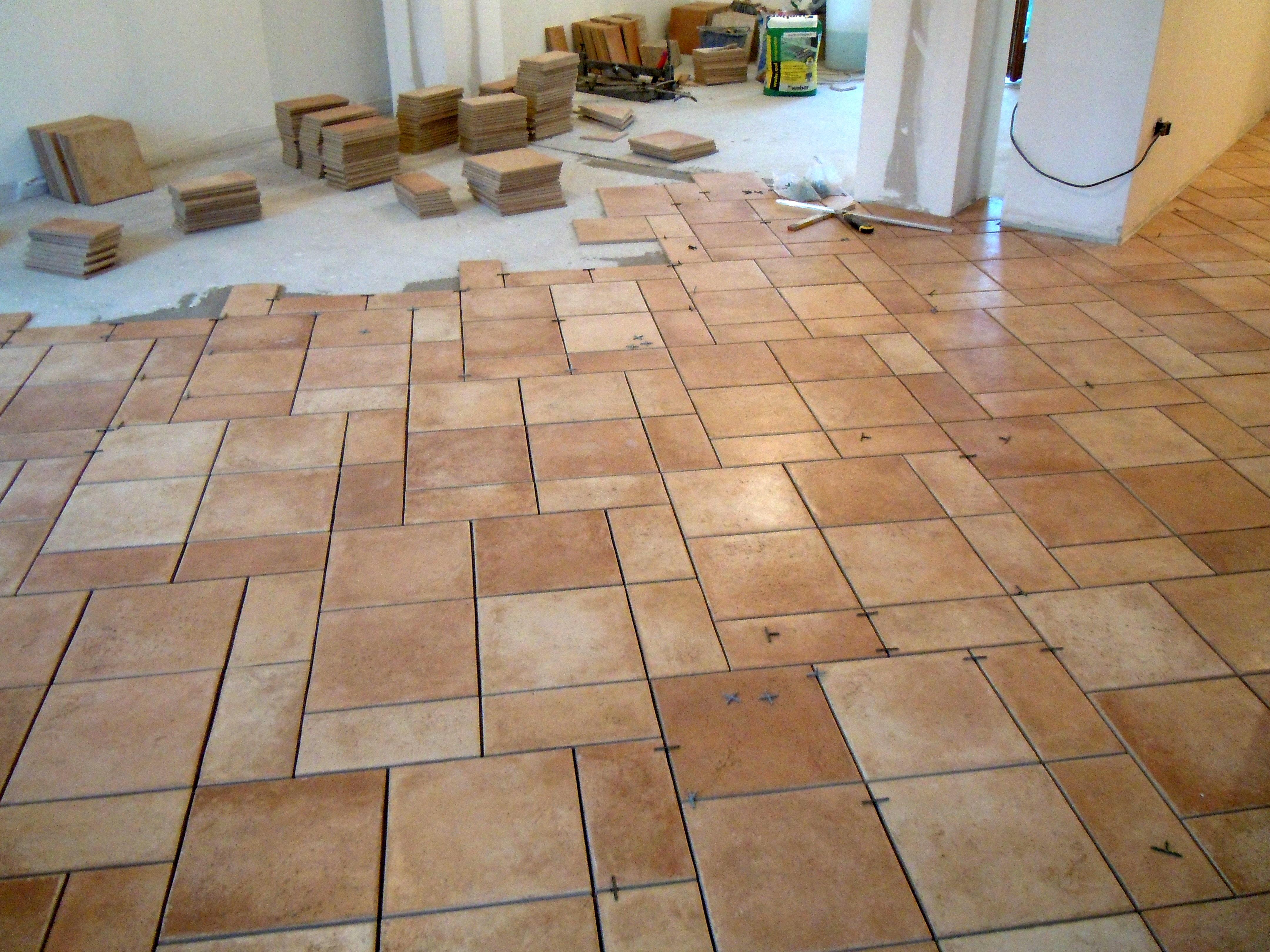 Pavimento colore pavimento con le fughe starlike di - Pavimento adesivo ikea ...